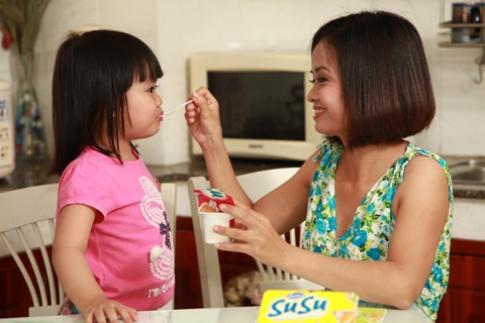 Phòng bệnh cho bé bằng sữa chua