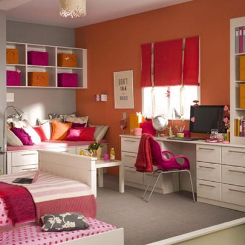 Phòng ngủ cá tính của teen nữ