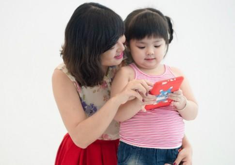 Quản lý con trẻ sử dụng thiết bị số