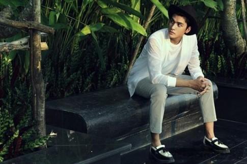 Quang Đại Next Top trẻ trung cùng trang phục họa tiết