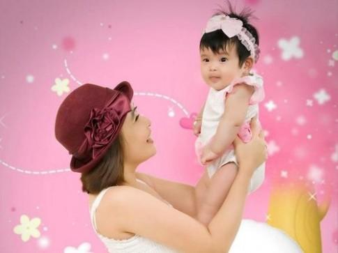 Rèn cảm xúc tích cực cho trẻ 2-12 tháng tuổi