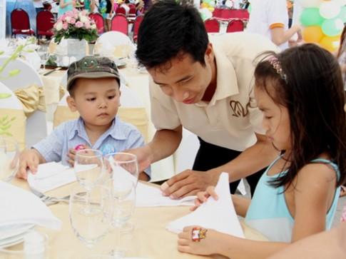 Rèn tính tự lập cho trẻ 5-6 tuổi