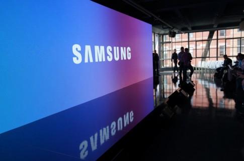 Samsung chật vật với lợi nhuận dự báo giảm 30%