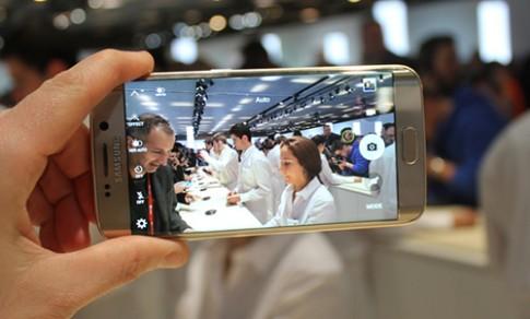 Samsung duoc cho la thue 500 nguoi du le ra mat Galaxy S6