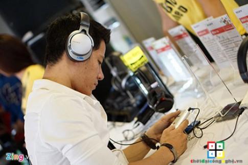Siêu phẩm máy nghe nhạc Sony Walkman NW-ZX2 đã được trình làng