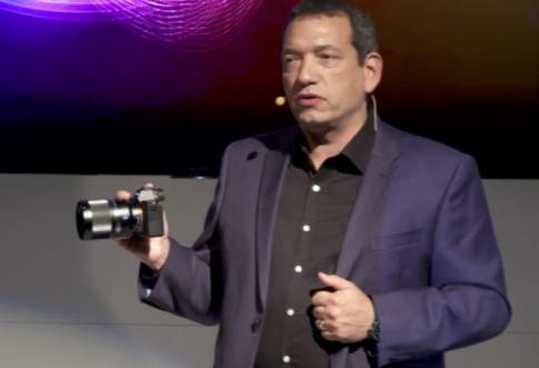 Sony a7s mark II vừa được giới thiệu cách đây ít phút: bổ sung hệ thống chống rung, 2 khe cắm thẻ