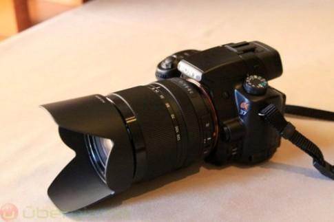 Sony Alpha A58 trang bị cảm biến 20 megapixel