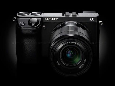 Sony NEX cảm biến full-frame và NEX-5T chuẩn bị ra mắt