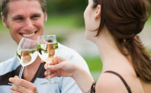 Sử dụng rượu đúng cách thật sự có lợi cho sức khỏe?
