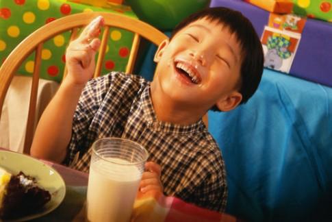 Tại sao bé uống sữa tốt nhưng chậm cao