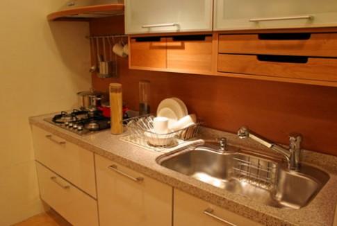 Tận dụng không gian trong căn bếp nhỏ