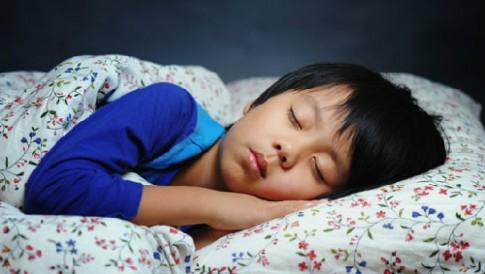 Tập cho bé mẫu giáo ngủ riêng