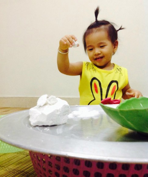 Tết Hàn thực của bé Chích Bông