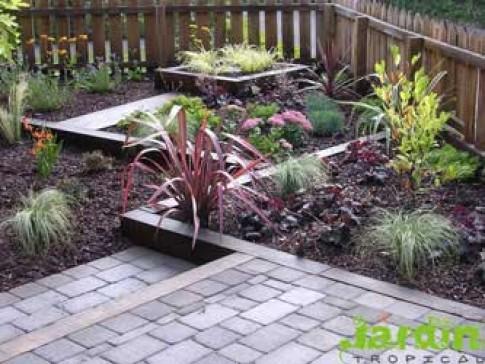 Thiết kế mảnh vườn nhỏ trước nhà
