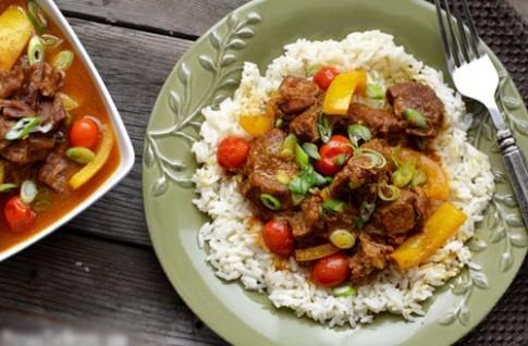 Thịt bò hầm nước cốt dừa