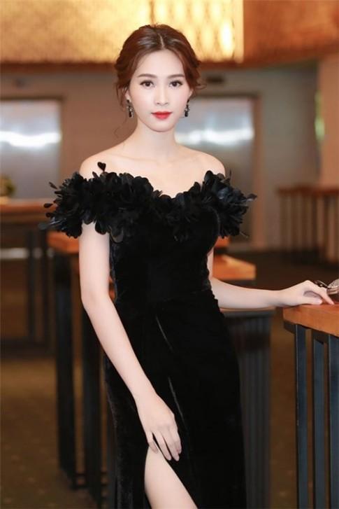 Thu Thảo, Phạm Hương đẹp mê hồn với trang phục điệu đà