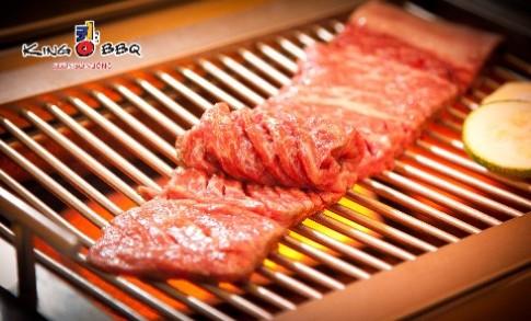 Thưởng thức sườn bò nướng tại King BBQ