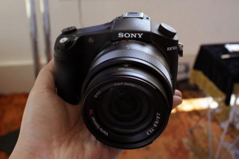 Tổng hợp các video Sony RX10 mark II thể hiện sức mạnh