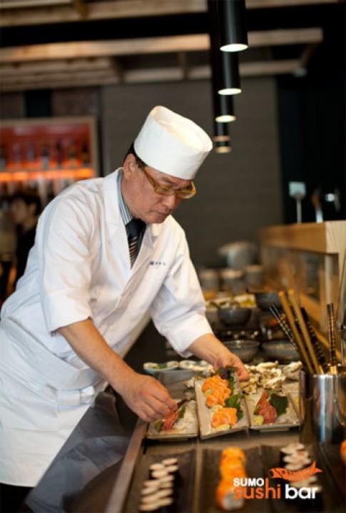 Trải nghiệm buffet Nhật Bản với Sumo Sushibar