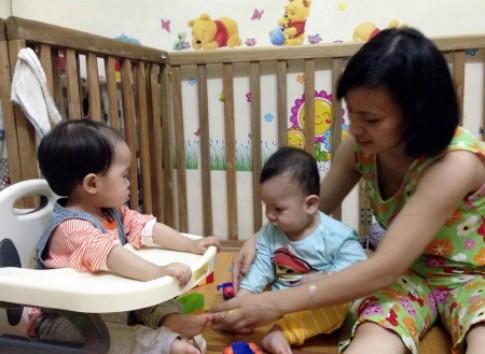 Trẻ đổi tính khi mẹ sinh em bé