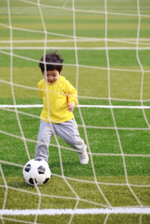 Trẻ phát triển tốt cần vận động đầy đủ