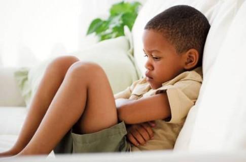 Trẻ tăng động thường bị táo bón
