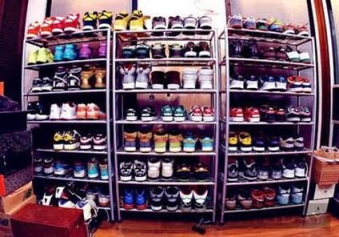 Tủ giày của chàng 'hút gái' Justin Bieber