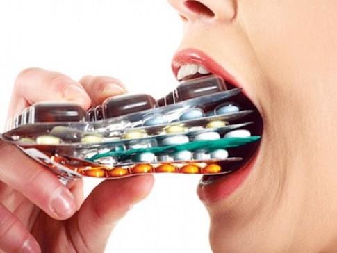 Vô phương cứu chữa vì lạm dụng kháng sinh