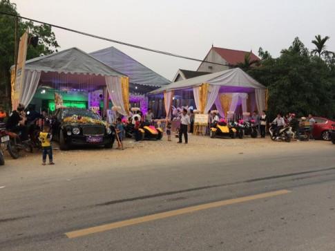 Xe hoa Bentley Mulsanne cùng dàn xe PKL cực khủng rước dâu tại Hà Tĩnh