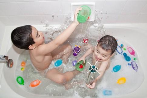 45 luật an toàn mẹ cần biết để bảo vệ con
