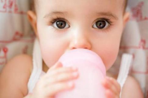 5 việc tưởng có lợi hóa ra lại hại cho con