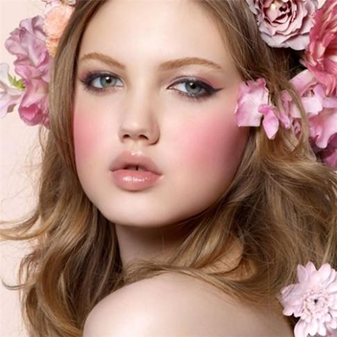 6 sai lầm con gái nên biết khi làm điệu với má hồng