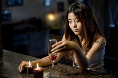 7 loại đồ uống đừng dại dột đổ vào bụng sau 8 giờ tối