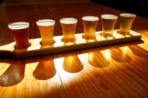 8 mẹo từ bia cho da trắng, tóc mềm