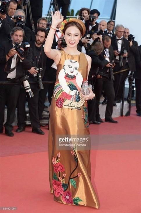"""Angela Phương Trinh """"lợi dụng"""" Cannes lừa dối khán giả?"""