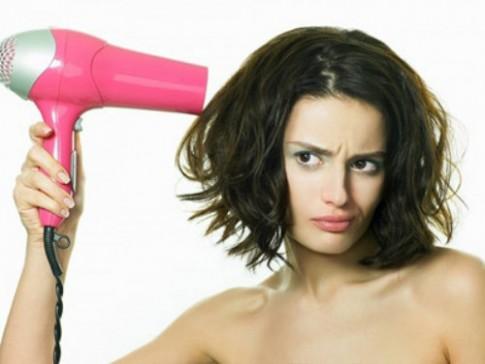 Bạn có đang hủy hoại tóc của mình?