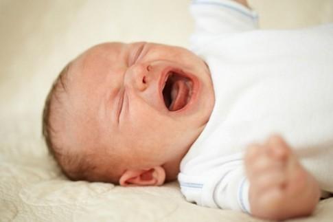 Bắt bệnh cho con qua tiếng khóc cực chuẩn