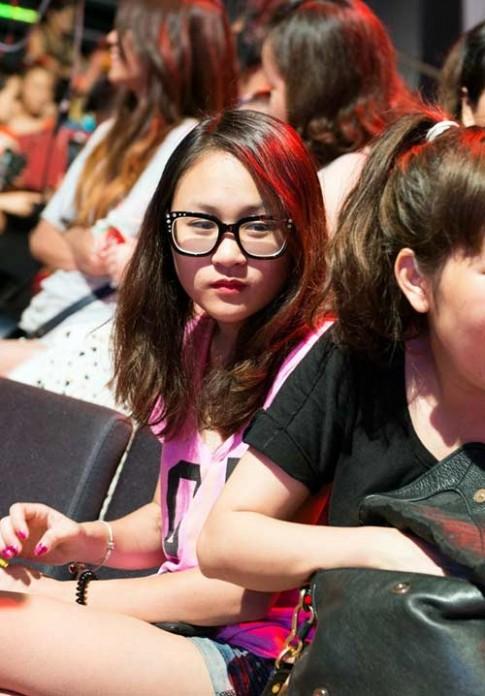 Bắt gặp con gái Thanh Lam theo mẹ xem ĐRM