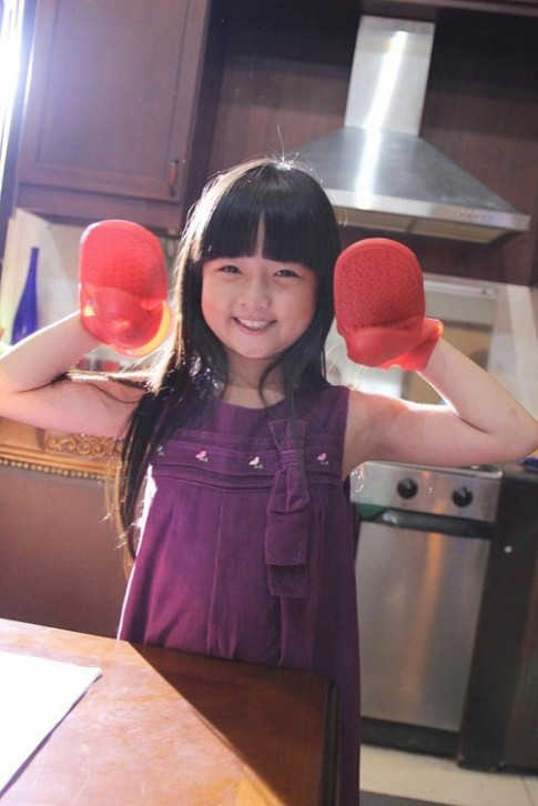 Bé 8 tuổi sở hữu hơn 40 quảng cáo tại Việt Nam