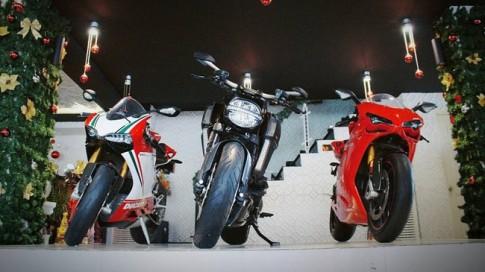 Bộ 3 Ducati: 1199 Panigale S Tricolore, Diavel Carbon và 1198SP của nữ đại gia Sài Gòn