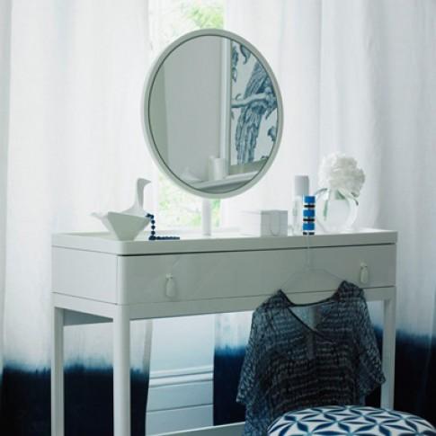 Cách làm sạch gương nhanh chóng