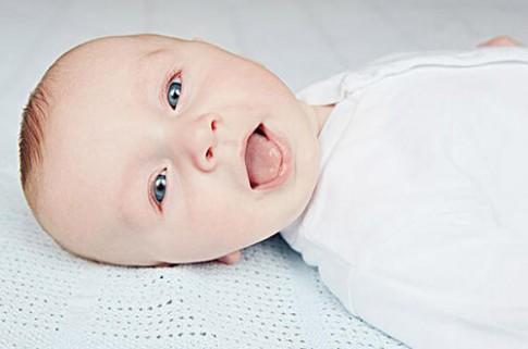 Cách nhìn lưỡi đoán 3 vấn đề lớn về sức khoẻ của con