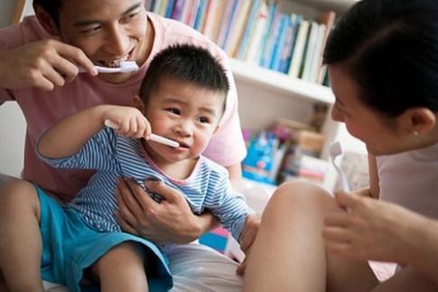 Cảnh giác 7 loại thực phẩm gây sâu răng ở trẻ