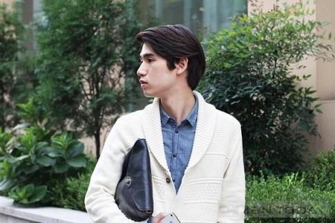 Cập nhật xu hướng thời trang từ street style Seoul cho các chàng
