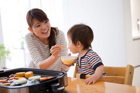 Cho trẻ ăn dặm: Đừng sợ hải sản!