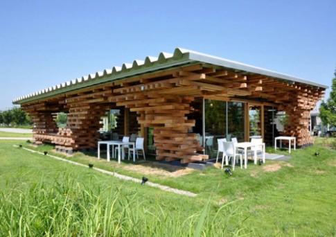 Choáng mắt quán cà phê ghép từ nghìn thanh gỗ