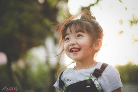 Chùm ảnh bé gái Sài Gòn 4 tuổi xinh như thiên thần