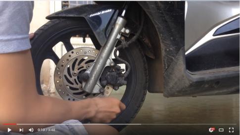 [Clip] Cách tự thay bố thắng đĩa trước cho xe máy thông dụng