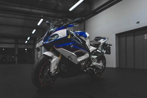 [Clip] Test âm thanh BMW S1000RR với các loại pô: Akrapovic, Arrow, Yoshimura, LeoVince, Racefit