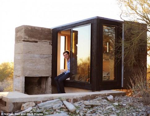 Cực lạ sinh viên xây nhà giữa sa mạc